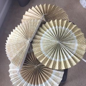 Party/Wall decor 17 paper fans & 8 paper circles